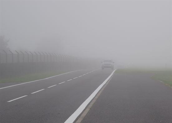 رانندگی در هوای مه آلود